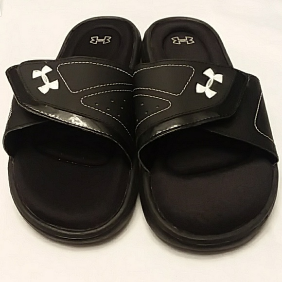 721e97b5810a Under Armour Ignite Slide Sandals. M 5ad3ebef3afbbdb09232d840